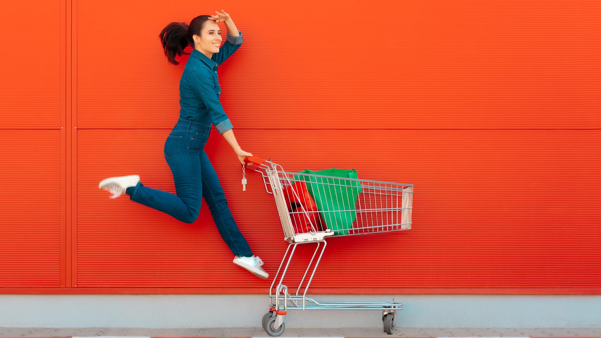 woman-pushing-shopping-trolly