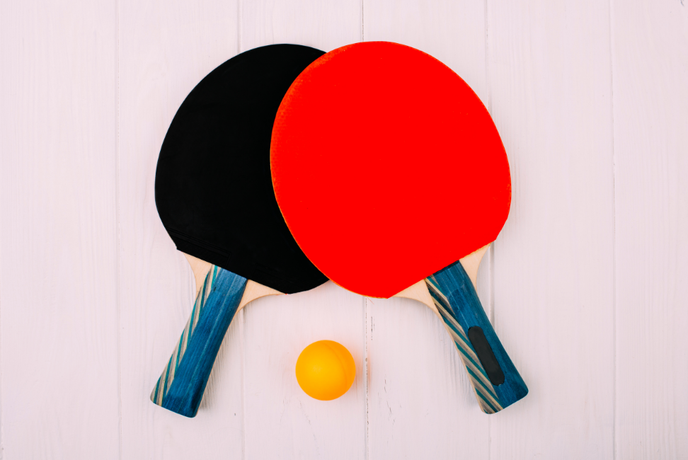 ping-pong-rackets-ball