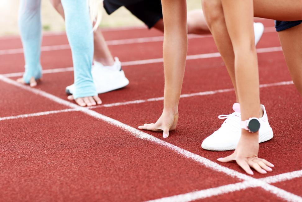 racers-start-line-running-track
